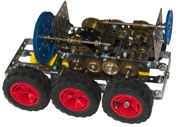 meccano 6 wheel drive vehicle